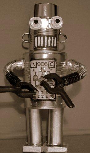06-ROBOT14 2143x3661-001