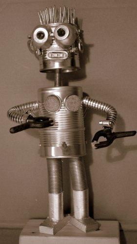 09-ROBOT14 2327x4148-001